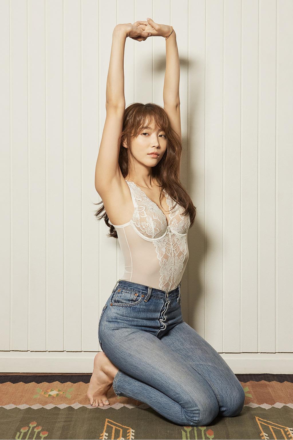 오윤아 란제리 화보