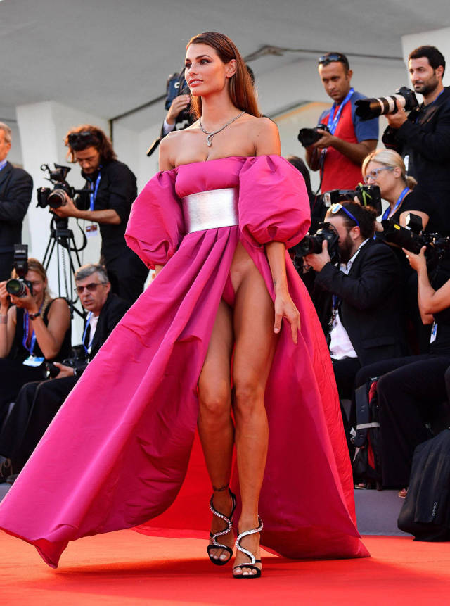 italian-models-shocking-outfits-at-venice-film-festival-red-carpet-_32t8.jpg