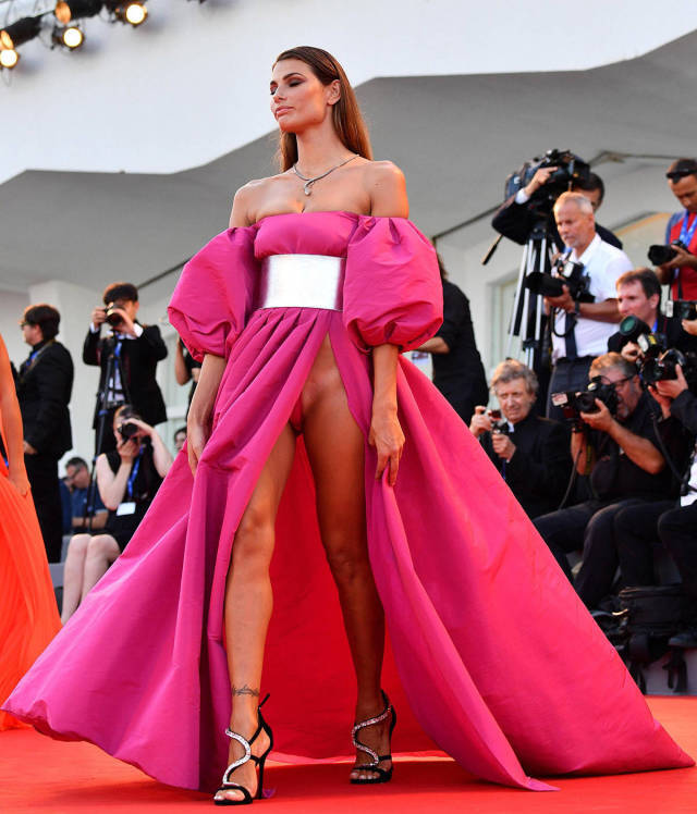 italian-models-shocking-outfits-at-venice-film-festival-red-carpet-_32t4.jpg