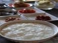 부두럽고 고소한 흰 쌀죽...배 탈 날때 최고의 영양식...