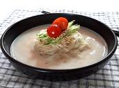 흰 강낭콩 콩국수