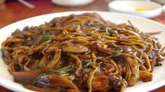 짜장면은 중국음식 맞죠? 그 유래가 뭔가요?