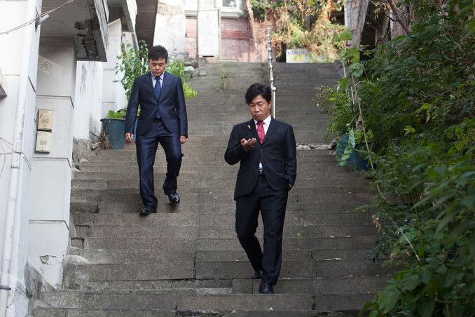 일범(좌)과 철중(우)