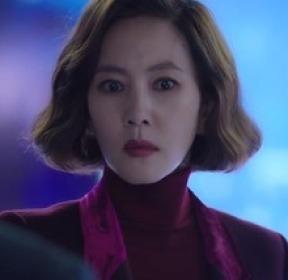 """'미스티' 김남주 손에 채워진 수갑 """"살인 용의자로 긴급체포"""""""