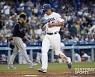 [MLB] 다저스, 콜로라도 꺾고 파죽의 8연승..1위 유지