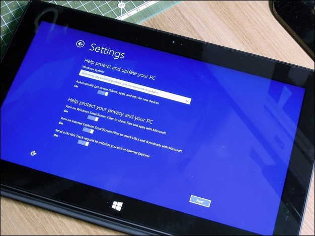 2013-03-07 Surface_Pro_Boxshot 345 (Copy)