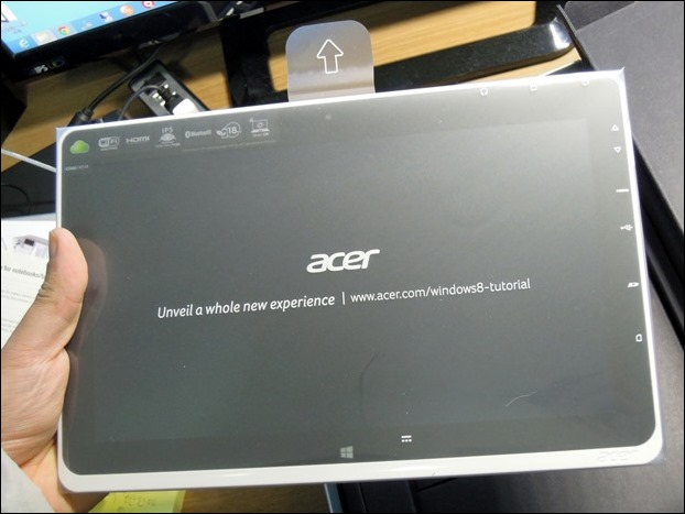 Acer_Iconia_W510_052