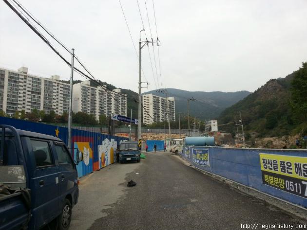 장산 등산, 시립미술관역에서 정상까지,해운대 센텀 두산 위브 공사 중인 현장.