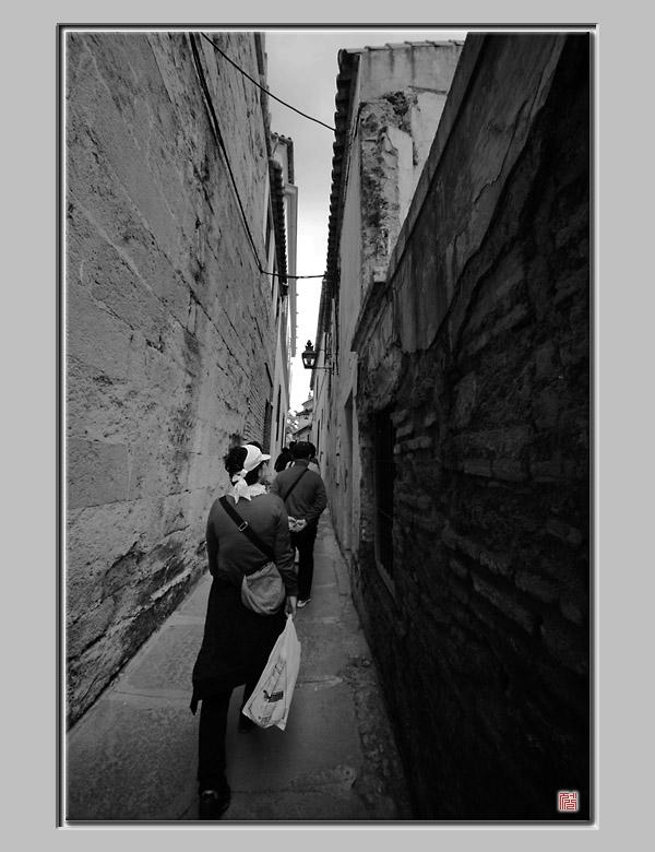 벽과 벽 사이... _ 스페인