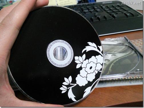 오디오 CD(Browneyedsoul 1집)를 컴퓨터에 넣어 보겠습니다.