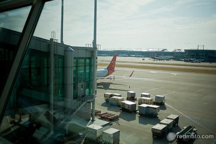 저 멀리 보이는 제주공항 비행기~