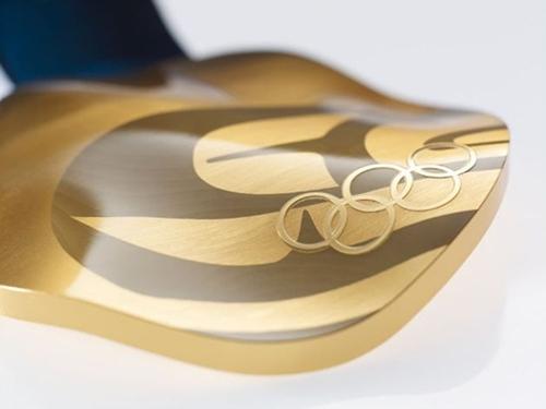 2010 밴쿠버 동계 올림픽을 위한 금메달. 이미지 출처 vancouver2010