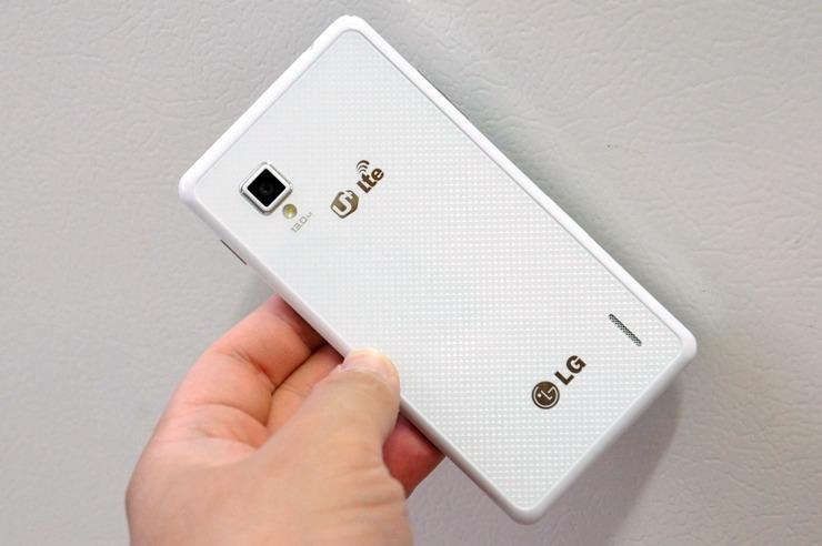 옵티머스 g, 옵티머스 G 개봉기, 옵티머스 G 개봉기 동영상, 옵티머스 G 스펙, 옵티머스 G 언박싱, 옵티머스 G 이어폰, 옵티머스 G 쿼드비트, 옵티머스 G 쿼드비트 이어폰, 옵티머스 G 화이트, 옵티머스 G 화이트 개봉기, 옵티머스 G 화이트 이어폰, 회장님폰