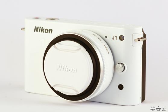 니콘(NIKON) J1 – 렌즈교환이 가능한 소형 카메라 - 작고 휴대성이 좋아 여행시 유용