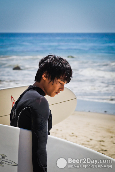 원빈의 드라이피니시 d CF '서핑'편 촬영 컷과 월페이퍼