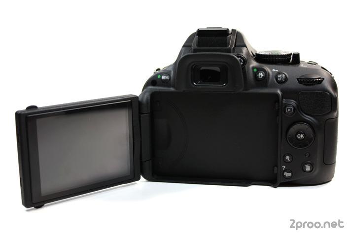 멀티 앵글, 스위블 가능한 니콘 D5200 디스플레이
