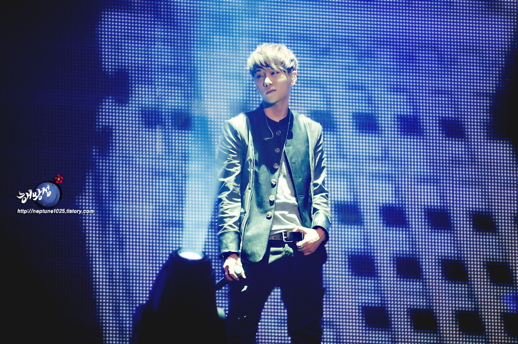 120204 BEAUTIFUL SHOW < 용준형 2 >