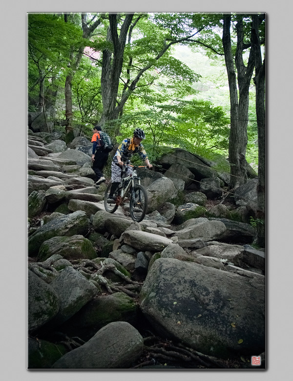 Fuji 5pro] 산악자전거를 타는 사람