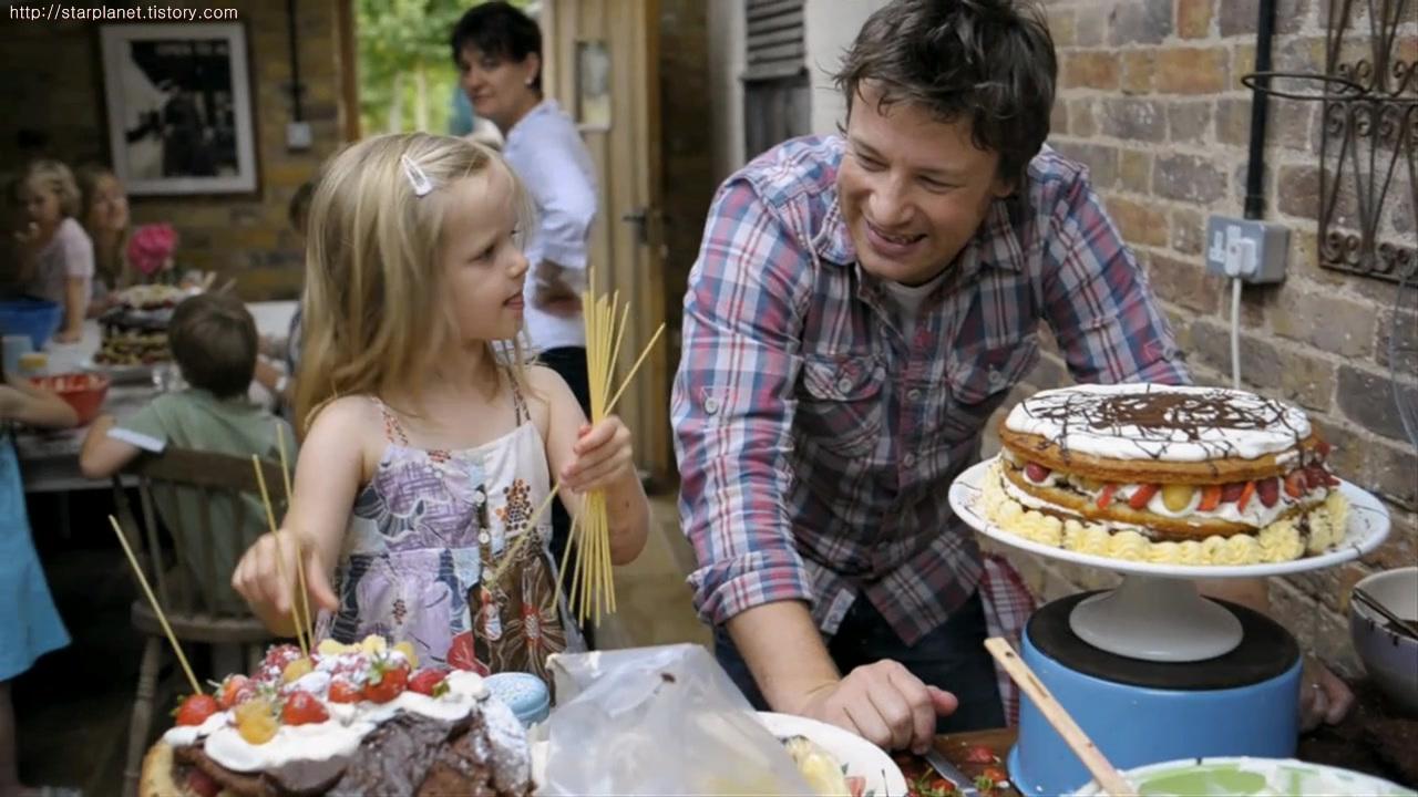 스타플래닛 :: 제이미 올리버,영국요리사 딸과 함께나온 니콘D3100