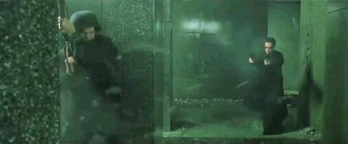 매트릭스 삭제장면, 네오 총난사