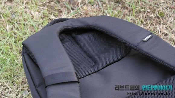 백팩 등판과 가방 끈