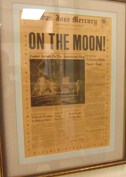 아폴로11호의 달 착륙 소식을 다룬 1969년 7월 21일자 산호세 머큐리 뉴스  San Jose Mercury News