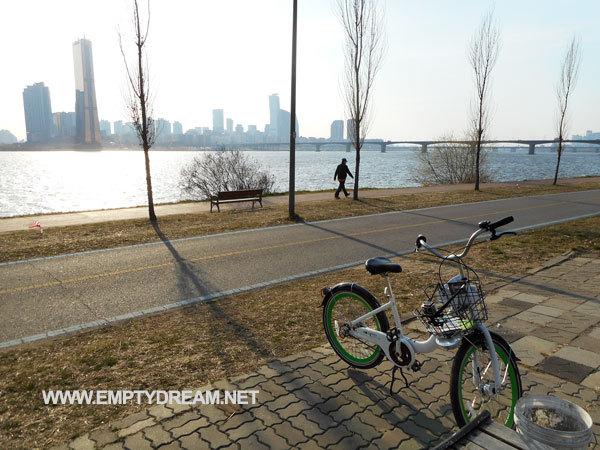 서울자전거 따릉이로 서울숲에서 홍대까지 한강 자전거 길 달려보기