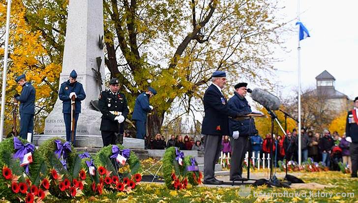 캐나다 현충일(Remembrance Day) 기념식 모습입니다.