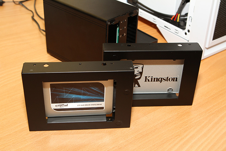 기가바이트7, 썬더볼트3, USB 3.1, 성능, AKiTio, NT2 U3.1,IT,IT 제품리뷰,저장장치는 빠르면 빠를 수 록 좋은데요. 근데 빠른 인터페이스도 필요합니다. 기가바이트 썬더볼트3를 이용해서 USB 3.1 성능을 알아볼 것인데요. AKiTio NT2 U3.1 장치를 이용해 볼 것입니다. 이 장치는 USB 3.1의 10Gbps 대여폭을 지원하는 장치 입니다. 기가바이트 썬더볼트3를 지원한다면 더 빠를테지만 그것을 지원하는 저장장치는 아직 좀 가격이 많이 비싼 편이긴 합니다. 여기에서는 어느정도 성능을 가지고 있는지 간단히 알아보려고 합니다.