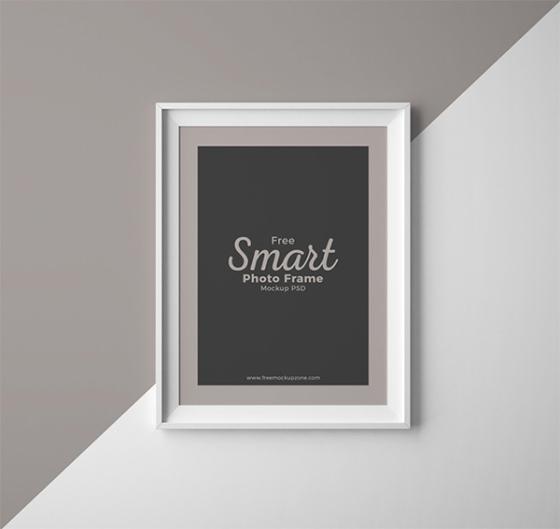 Free Smart Photo Frame Mockup PSD