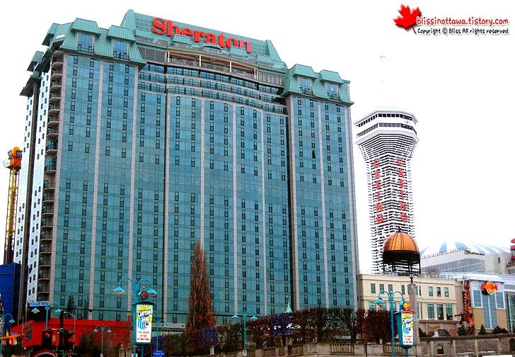 캐나다 동부여행 나아이가라 폭포 쉐라톤 5성급 호텔