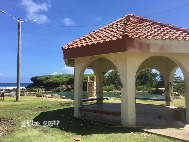 괌 가볼만한곳 '이나라한 자연풀장'과 '피쉬아이 마린파크'1