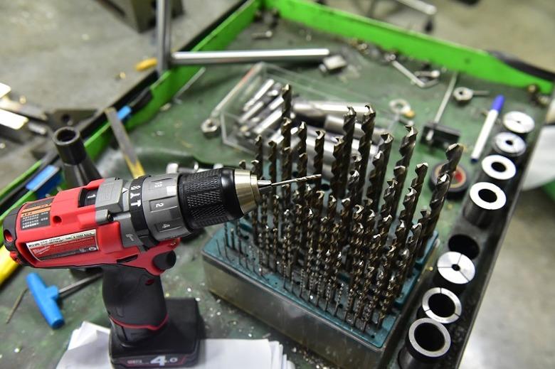밀워키공구,전동드릴,밀워키전동공구,밀워키전동드릴 M12 CPD-402C,밀워키 전동공구,밀워키 드릴, 전동공구추천,밀워키 드릴