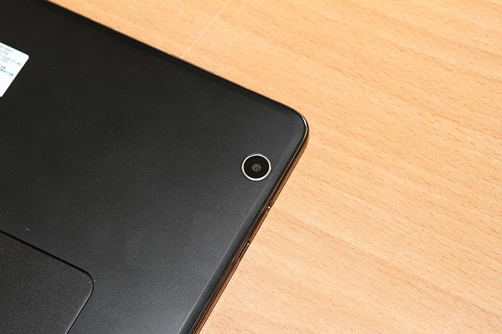 LG, GPad3 10.1 LTE, 성능 ,카메라 ,지패드3, 벤치마크,IT,IT 제품리뷰,요즘은 안드로이드 태블릿도 꽤 쓸만합니다. 성능도 무척 좋고 휴대성도 좋죠. LG GPad3 10.1 LTE 성능 카메라 기능에 대해서 알아볼겁니다. 지패드3 벤치마크도 해보도록 하죠. 외형에 괜찮은 기능이 하나가 있어서 그부분이 맘에 들었는데요. LG GPad3 10.1 LTE 성능 카메라기능 자체도 좋았습니다. 배터리 사용시간도 긴 편이고 무소음으로 사용이 가능해서 인강을 보는 용도나 또는 영상감상 문서 편집용으로도 좋습니다. 안드로이드 태블릿에서도 마이크로소프트 오피스를 이용할 수 있으니까요.