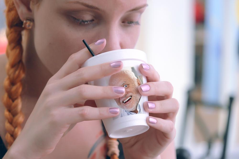 8 가지 무료 커피컵/머그컵 목업 PSD - 8 Free Mug Coffee Cup PSD Mockups