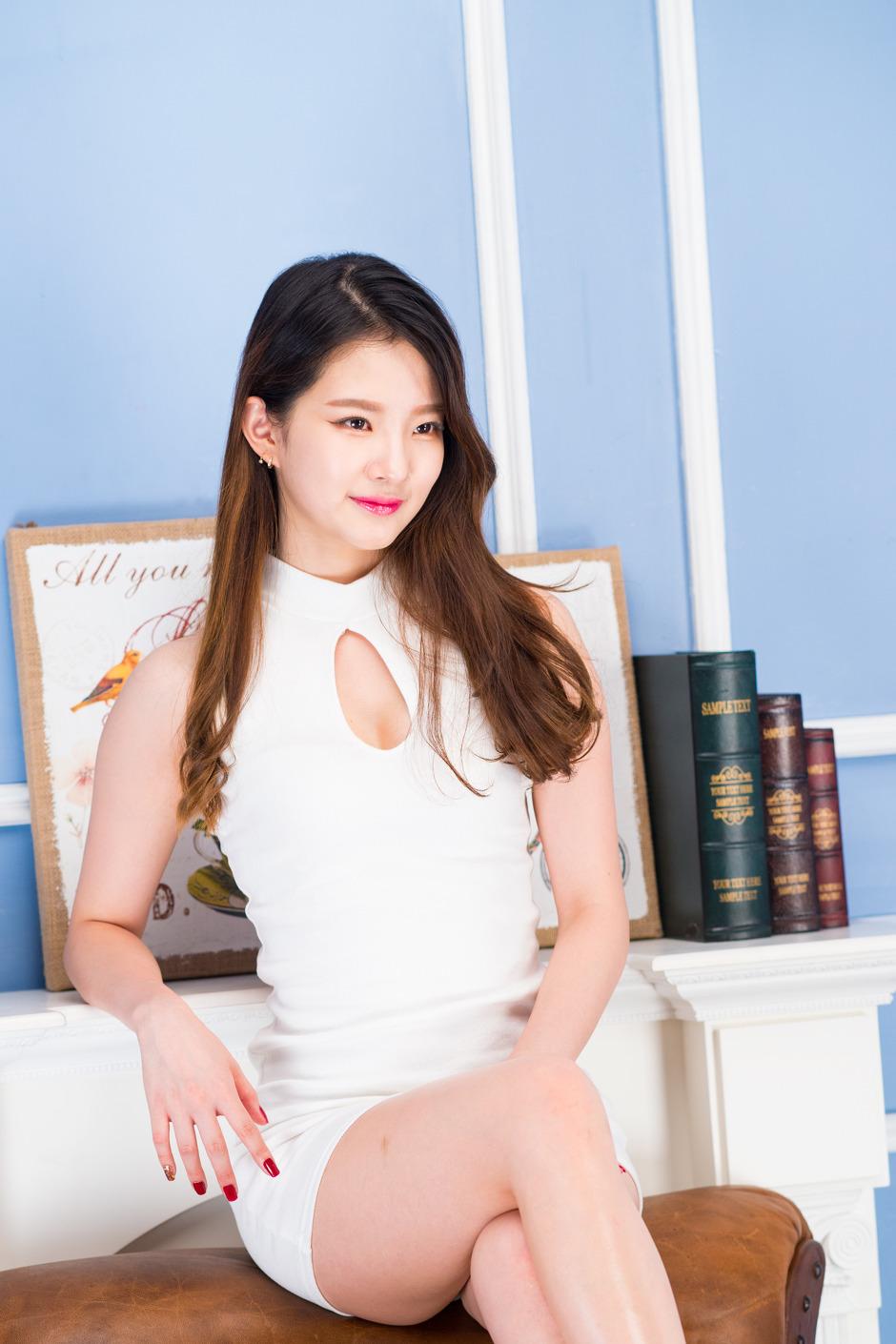 슬기 출사 누드8 포토 서보영 누드화보 공개 이목집중 생활문화 한경닷컴 ...