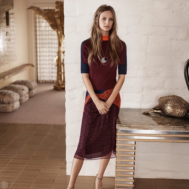 41108ec2f156 세일포유    Tory Burch unveils pre-fall 2016 collection