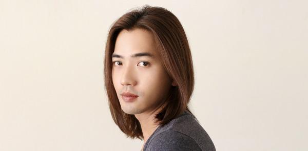 사진: 남성은 머리 염색 후 린스나 트리트먼트 등의 관리를 잘하지 않아서 머리결을 상하는 경우가 종종 있으니 주의해야 한다.