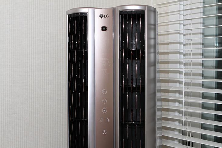 LG 휘센, 듀얼에어컨, 스탠드 에어컨, 설치기, 공기청정기,IT,IT 제품리뷰,인테리어,공기청정기 들여 놨습니다. 그것도 19평형의 대용량으로요. LG 휘센 듀얼에어컨 스탠드 에어컨 설치를 했는데요. 이 제품은 사계절 내내 사용할 수 있는 제품 입니다. 공기가 나쁘고 미세먼지가 많아도 걱정없네요. LG 휘센 듀얼에어컨 스탠드 에어컨 설치를 하면서 공기청정도 되니까요. 그전에 사용하던 에어컨은 바람 나오는 위치가 낮아서 좀 걱정거리가 하나 있었는데요. 이번에 설치하면서 그 걱정도 함께 없어졌습니다.