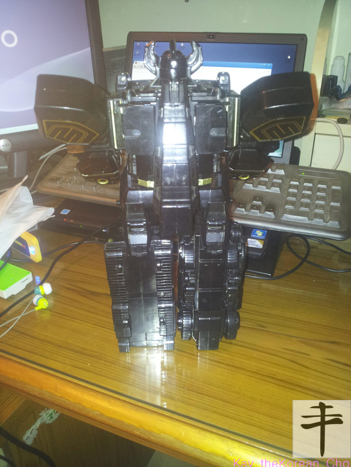 MMPR megazord-Black Edition-back