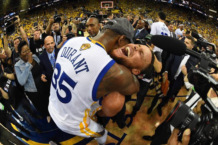 NBA 16-17 Champions: Golden State Warriors, Curry and Durant