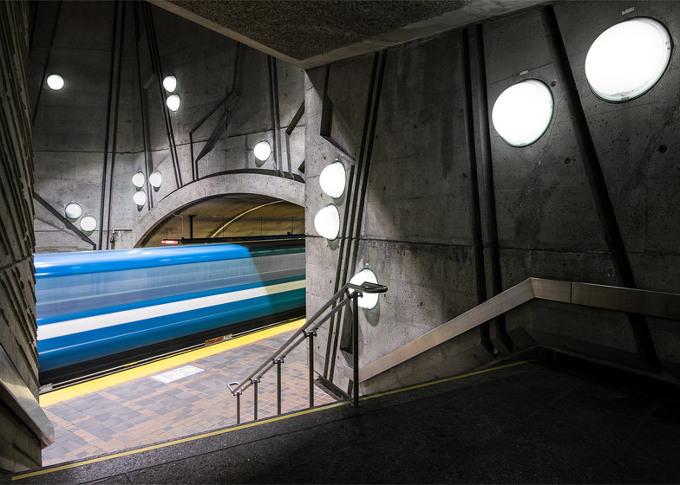 *몬트리얼 지하철 역사 Christopher Forsyth embarks on a project to document all of Montreal's metro stations