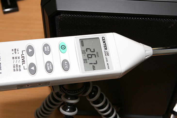 하드디스크 소음 줄이기, 공중부양 ,하노킬, 3RSYS, Raptor-N20,하드디스크 ,소음, 줄이기,IT,IT 제품리뷰,무소음 컴퓨터를 만들기 위해서는 HDD는 장애물 입니다. 소음을 완전하게 줄이는데 방해가 되기 때문인데요 하드디스크 소음 줄이기를 3Rsys 노이즈킬러를 이용해서 해보려고 합니다. HDD를 공중부양 시켜서 소음을 줄이는 팁등은 과거에 많이 있었습니다. 그것을 상용화한 것이 이 제품인데요. 3RSYS Raptor-N20는 하드디스크를 4개의 스프링으로 띄우는거죠. 하드디스크 소음 줄이기는 아주 쉽게 구현이 됩니다. 이 장치를 이용하면 그렇다는 것이죠.