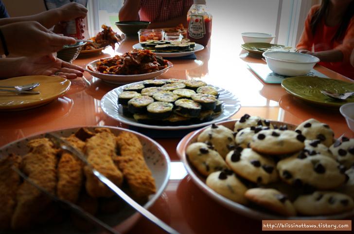 캐나다 분식 3종세트 김밥 어묵탕 백종원 떡볶이 레시피