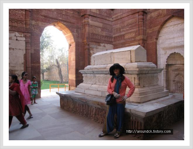 [인도] 꾸뜹미나르 - 유네스코 세계문화유산에 등록된 델리 최고의 관광명소 #5