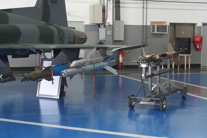 노인 학대에서 어르신 회춘으로. 마개조의 끝판왕 브라질 F-5EM 9