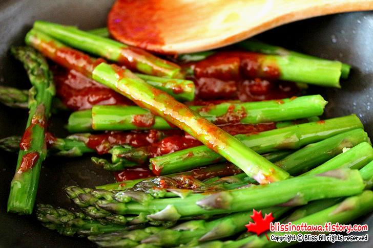 채소의 왕 아스파라거스 보관법 데치는법 요리법의 모든것