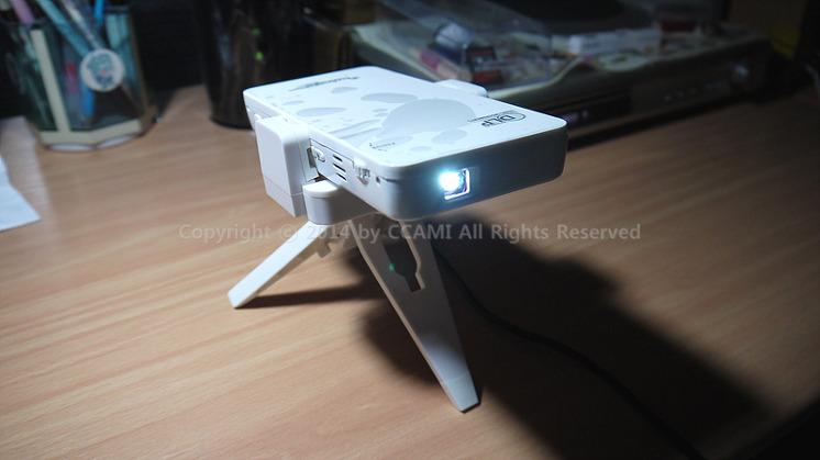 airplay, Android, BEAM, CCAMI, DLP, HDMI, iPhone, IT, LED, MDS-5300, MDS-6000, MDS-6300, mhl, miracast, mirroring, modoosis, ppt, Projector, Review, Twingle, Twingle Beam, USB, widi, WiFi, 갤럭시빔, 공유기, 까미, 노트북, 단점, 동영상, 렌즈, 리모콘, 리뷰, 마이크로소프트, 모두시스, 무선 디스플레이 추가, 무선연결, 미니 프로젝터, 미라캐스트, 미러링, 보조배터리, 빔 프로젝터, 빔프로젝터, 사진, 스마트폰, 스피커, 아이폰, 안드로이드, 어댑터, 영상, 윈도우, 윈도우 태블릿, 장점, 캠핑, 캠핑 동영상, 캠핑용품, 캠핑장, 컴퓨터, 키스톤, 태블릿, 트윙글 빔, 프로젝터, 피코 프로젝터