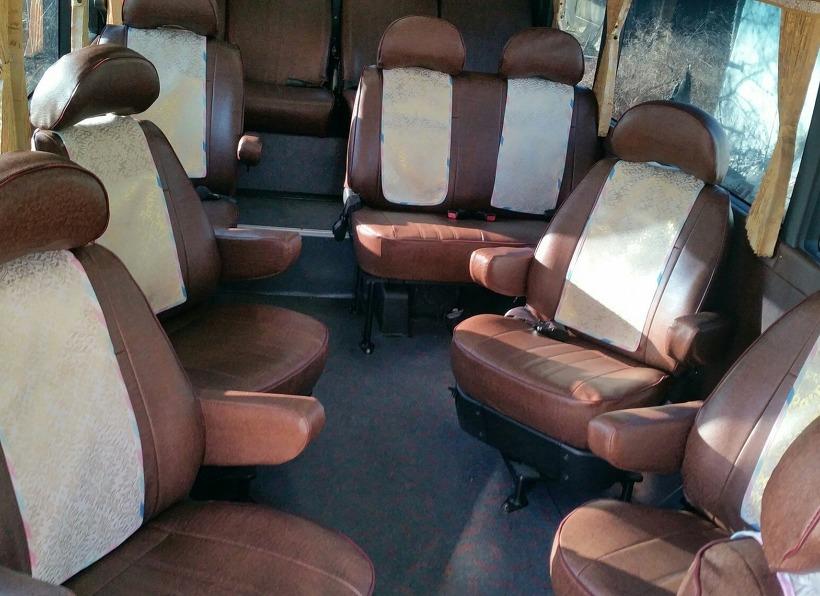 16인승 리무진 버스
