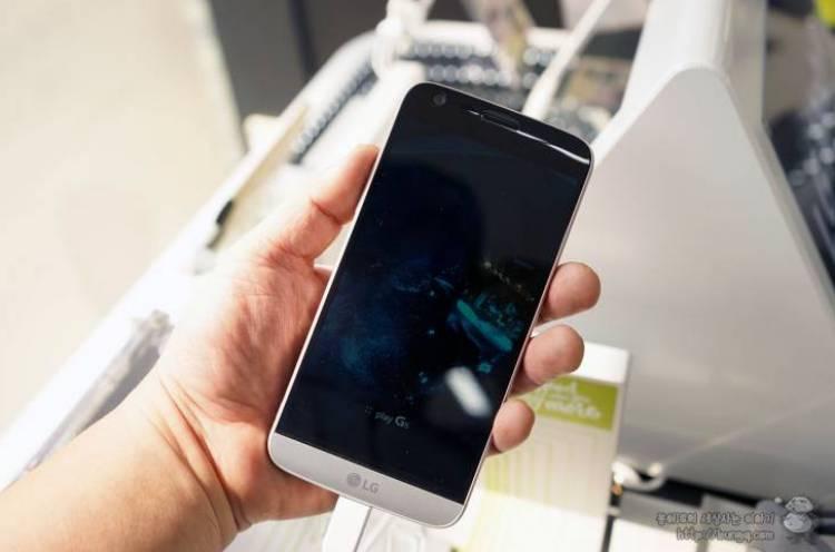 LG G5 밝기 이슈, 이유를 모아보면?